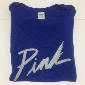 VsPink v-neck T-shirt